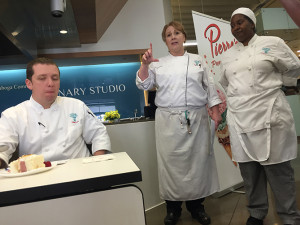 Yulanda Reeves_right_presenting recipe with Chef Maureen Leonard and judge Jack Ahern_Blog Size